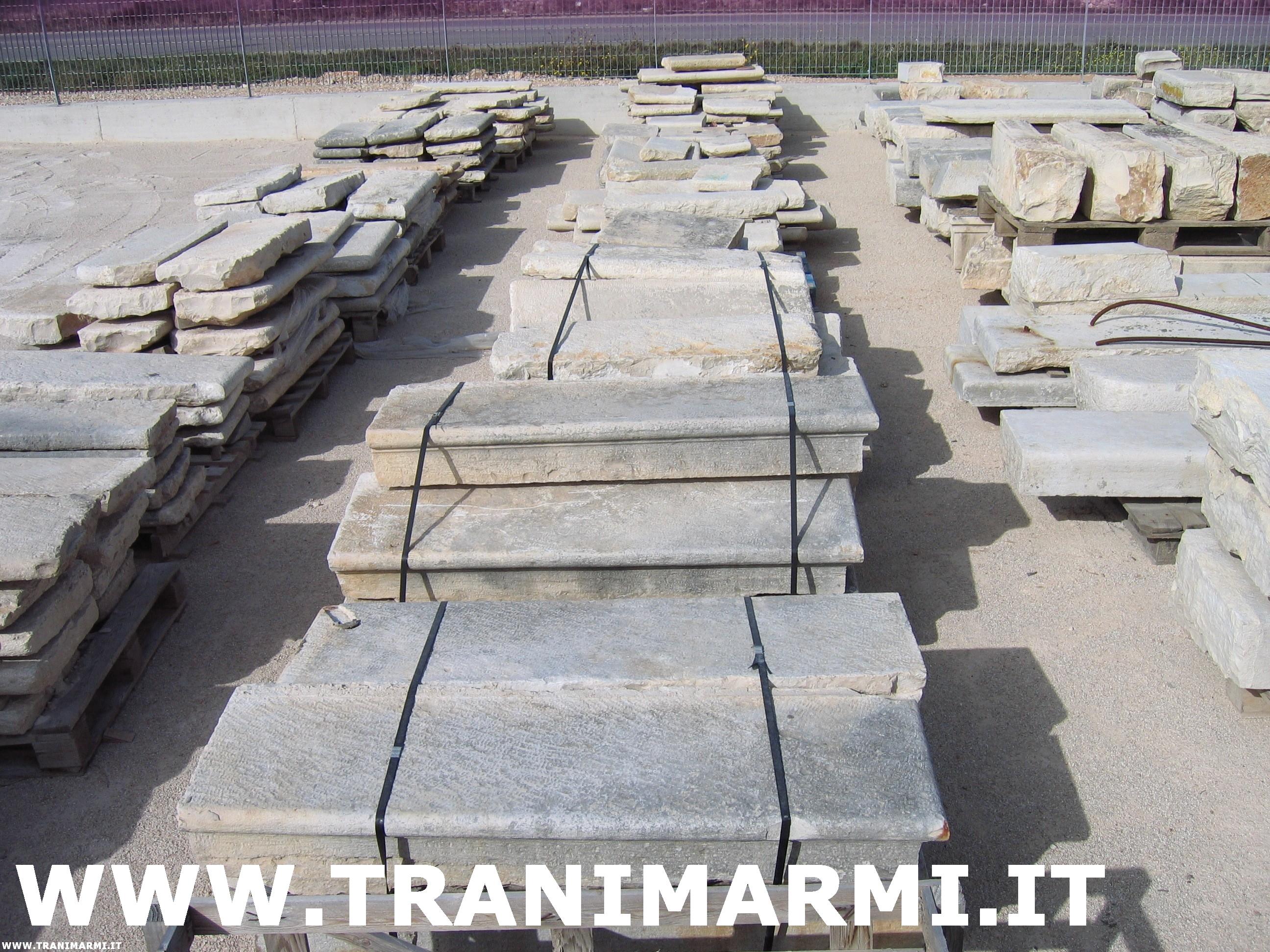 Trani marmi s r l lavorazione della pietra di trani - Gradini in cemento per esterno ...